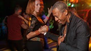 Сальса. Учимся танцевать страстный латиноамериканский танец