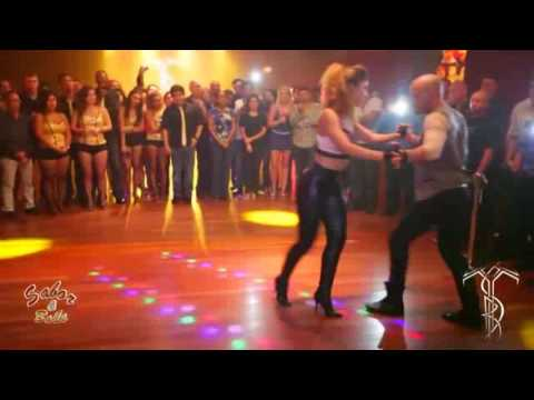 Romeo Santos Ft Usher   Promise   Ataca y La Alemana Bachata dance HD
