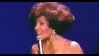 Shirley Bassey - The Greatest Love of All / You Never Done It Like That (1990 Atlantic City)