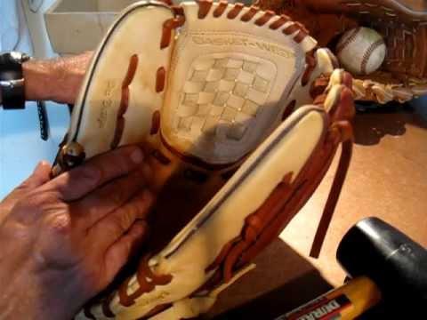 Infielders Glove Break Infielder Glove Break in