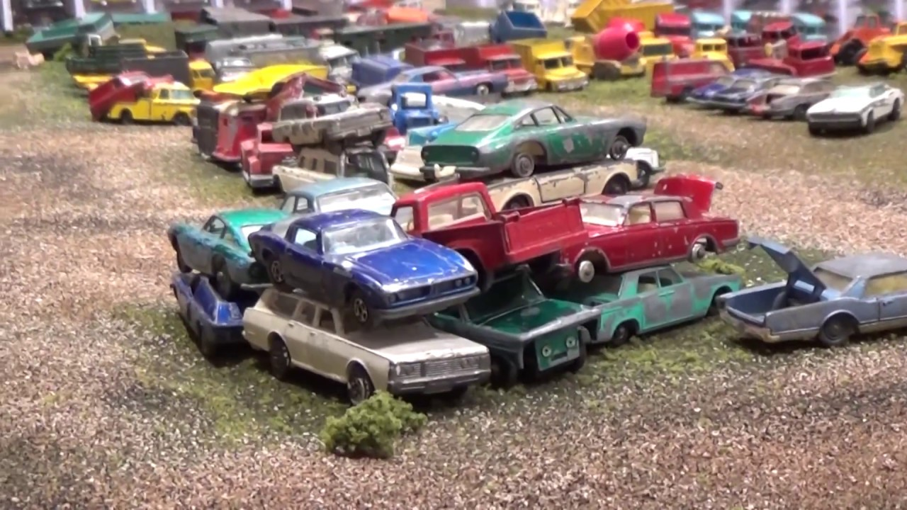JunkYard car and truck classics - diorama tour Part Two! - YouTube