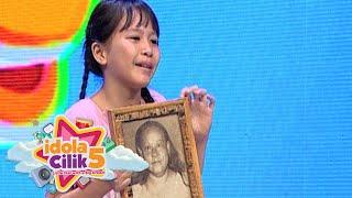 Peserta online, Evelyn nyanyi sambil bawa foto omanya [Idola Cilik 5] [19 Des 2015]