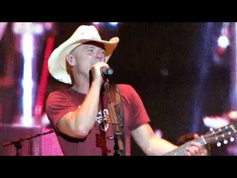 Kenny Chesney - Aint Back Yet - Country Thunder