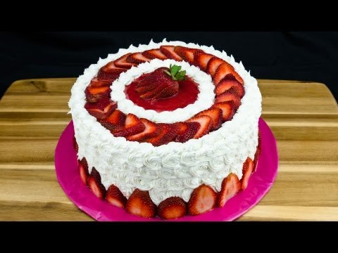 strawberry-cake-recipe:-how-to-make-strawberry-cake-by-cookies-cupcakes-and-cardio