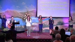 Chúa Quyền Năng & Nào Dâng Vua Vinh Hiển - Living God Church Worship 10-25-2015