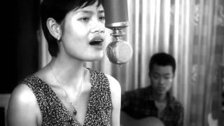 Khúc mưa - Đinh Thu Ngọc ft. Lý Minh Hiếu [Acoustica Live Session]