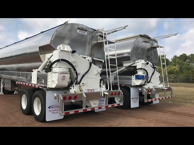 Ledwell Manufacturing Moment - Bulk Feed Trailer