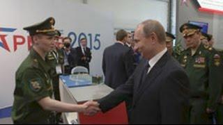 «Армия 2015» Владимир Путин оценил военные разработки молодых ученых