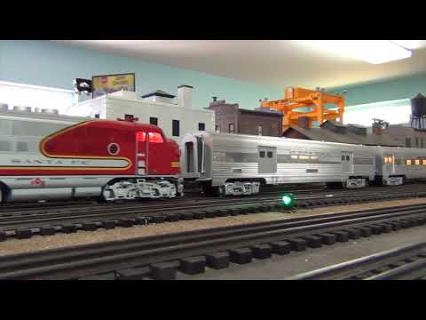 All the way with Santa Fe in O gauge highrail