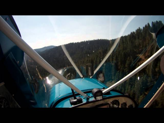 Horsehaven Airstrip, ID Flyover and Landing
