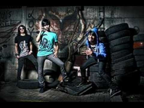 Killing me inside - Kamu [New Version 2010] ( AJR )
