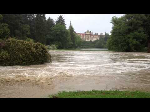Povodne 2013 průhonický park (2)