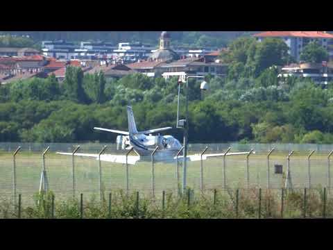 Cessna Citation 560XL -Air Hamburg (D-CAHO) RWY22 landing San Sebastian (EAS/LESO)