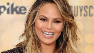 Watch Chrissy Teigen Accidentally Go Live on Instagram!