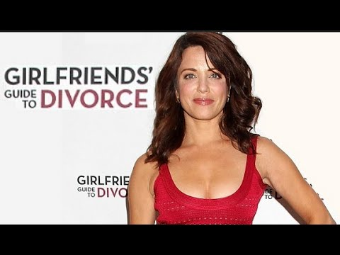 Alanna Ubach Girlfriends' Guide to Divorce   AfterBuzz TV's Spotlight On