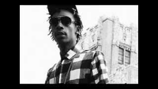 Wiz Khalifa - Word On The Town (feat. Juicy J & Pimp C) Lyrics