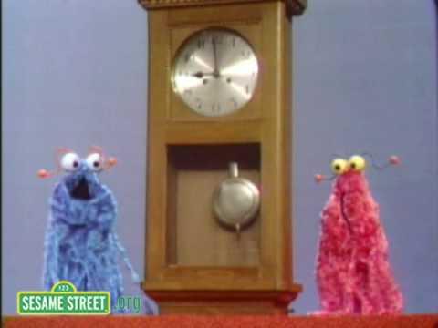 Sesame Street: Martians Meet A Clock