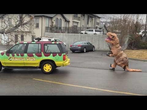 FUNNY! (Inflatable) T-Rex Dinosaur Suit Attacks Jurassic Park Employee