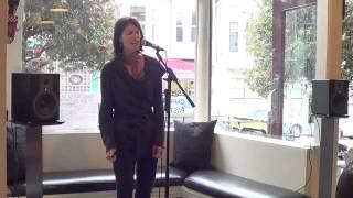 Suzie Kirrane - Alexys Paris Voice Studio