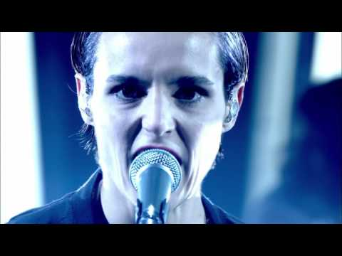 Savages - Surrender (Later… with Jools Holland )