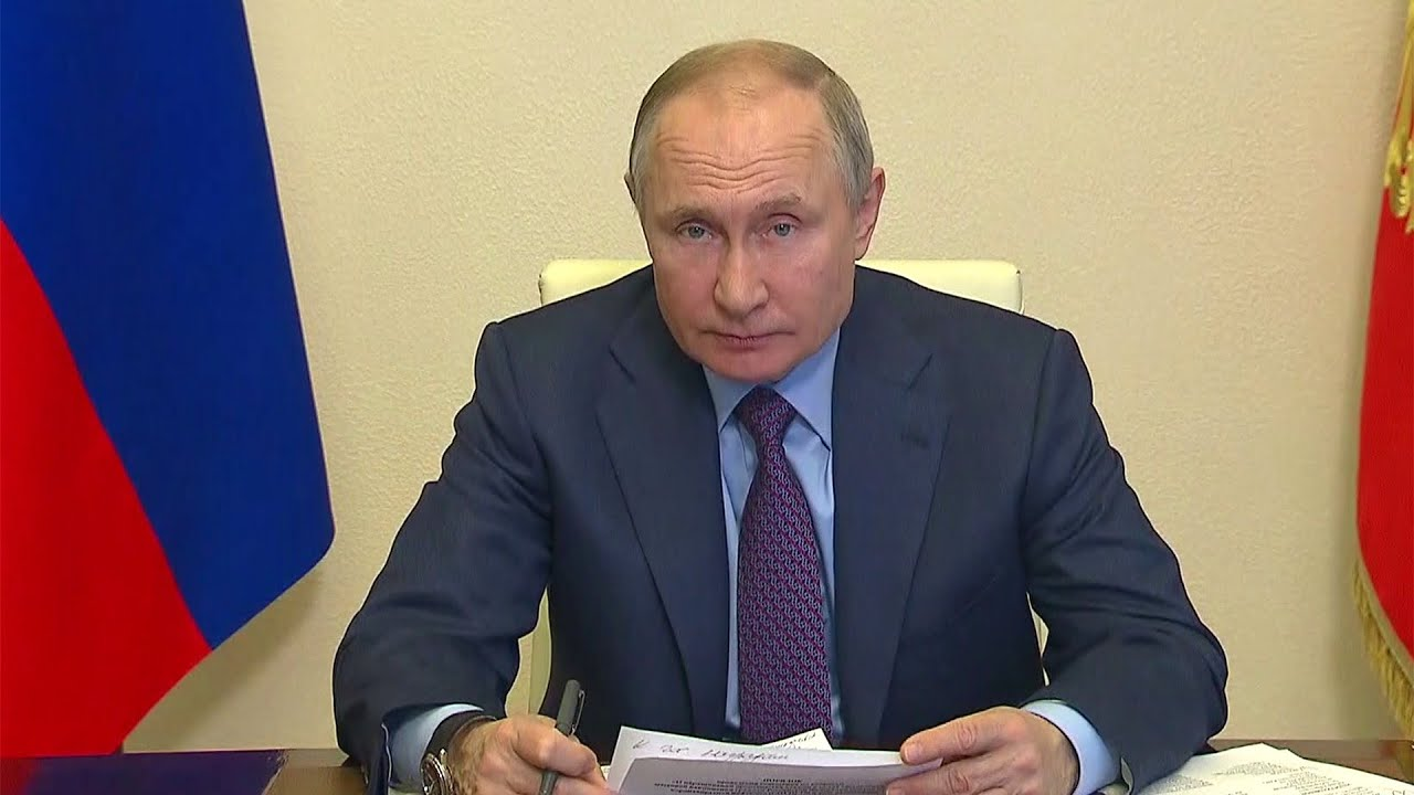 Владимир Путин привился от коронавируса.