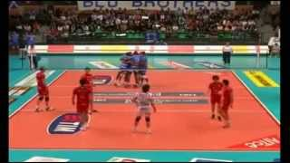 Video Funny Volleyball! download MP3, 3GP, MP4, WEBM, AVI, FLV Desember 2017