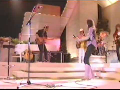 Emmylou Harris   In My Dreams   with Hot Band live    a Paul Kennerley song