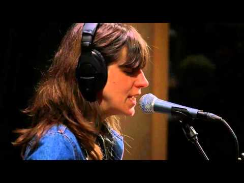 Eleanor Friedberger - Does Turquoise Work (Live on KEXP)