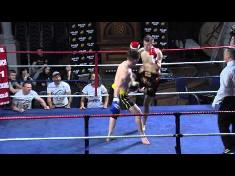 Jonathan Hickey CMS Muay Thai vs Jakub May Tsunami Gym - KO Blood and Glory 6