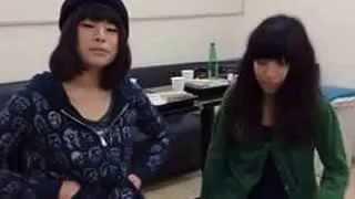 2014年2月11日のツイキャスにて。 出演:ちゃんMARI & ほな・いこか 撮...