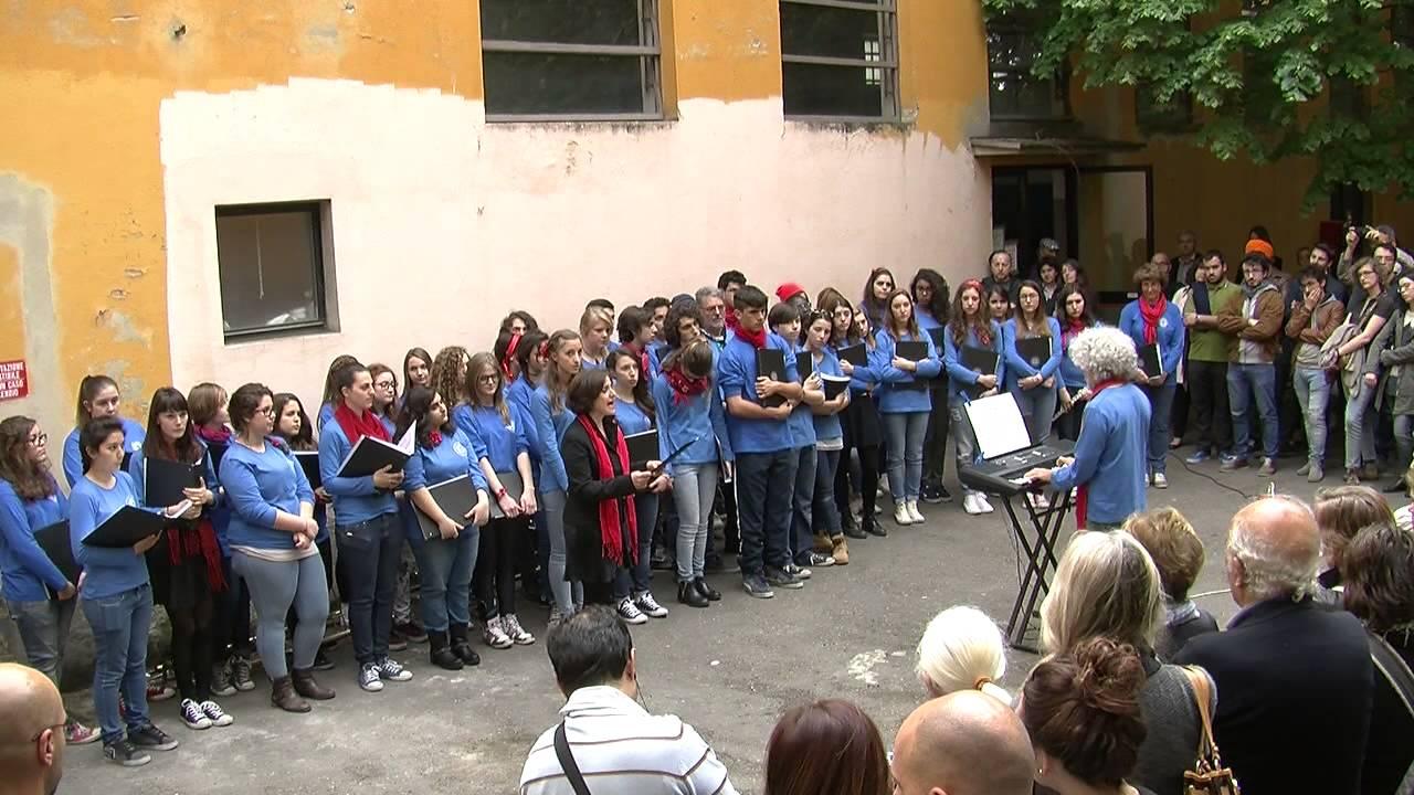Oltre il ponte - Coro liceo Marconi - soprano Gabriella Corsaro