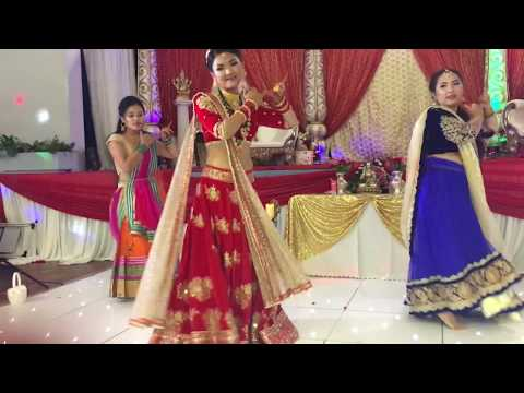 Anish weds renu: bride and the girls