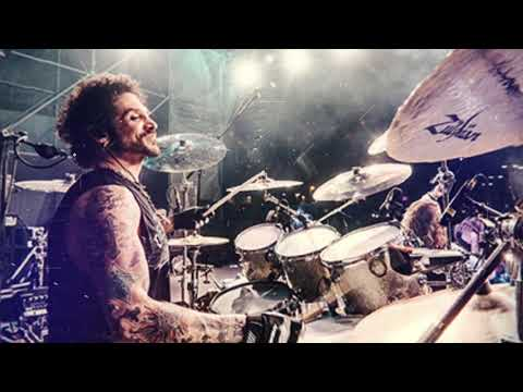 Restless Spirits - Introducing Vocalist Deen Castronovo