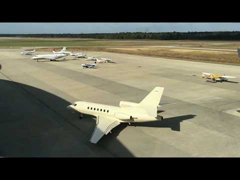Planespotting in Conroe-North Houston Regional Airport (KCXO)
