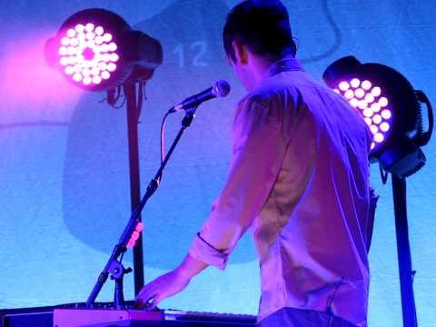 19/27 Tegan & Sara - Alligator @ #1 Jubilee Auditorium, Calgary, AB 1/08/10