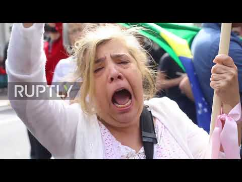 Brazil: 'Take your ideologies to hell' - Judith Butler haters burn effigy outside Sao Paulo seminar
