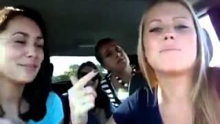 Американские девушки поют по русски песню 'Белый мерен'