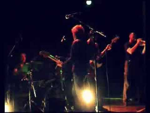 Mama loo live@Paradiso impressie 24 mei 2009