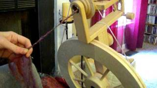 Repeat youtube video Coreless Corespinning and Thread wrapping Demo