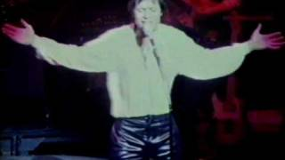 Cliff Richard ( Give a Little Bit More 1980 )