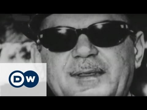 How radio gave voice to dissent in authoritarian Greece | DW English
