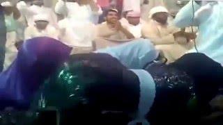 Arap Kızlarından Akıl Almaz Dans Gösterisi