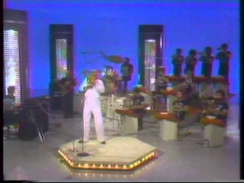 Maynard Ferguson - Gonna Fly Now - Dinah Shore Show 1977