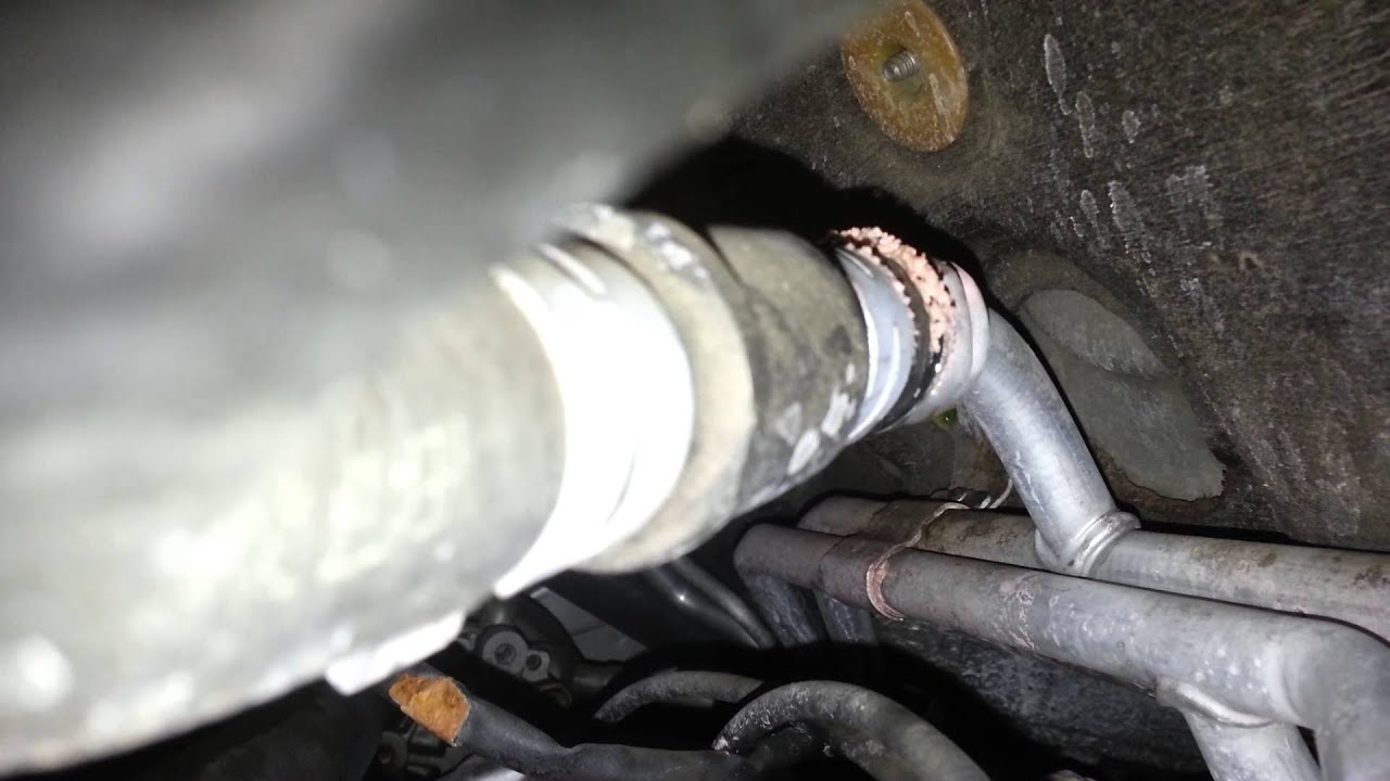 Heater Core Tube Leak 2006 Chrysler Town Amp Country Youtube