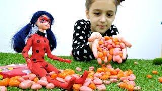 Леди Вай Фай любит конфетки? Видео с куклами