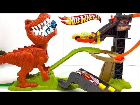 Hot Wheels Pista Duelo De Dinosaurio T Rex Takedown Con Sonidos Del