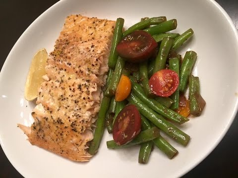 Quick & Easy Low Carb Baked Lemon Pepper Salmon & Green Bean Recipe