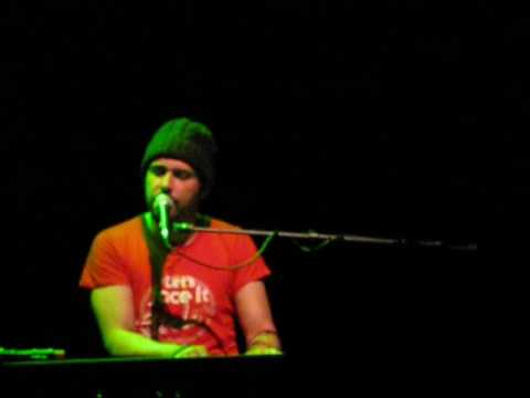 "Greg Laswell ""Your Ghost"" live in Cologne"