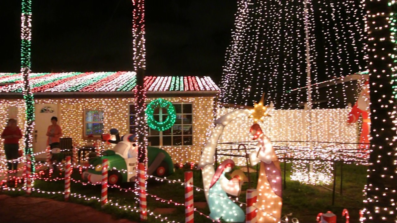 christmas lights north miami beach 2