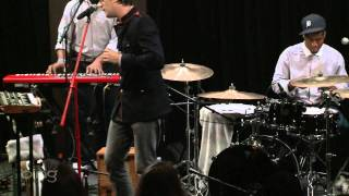 Mayer Hawthorne - I Wish It Would Rain (Bing Lounge)